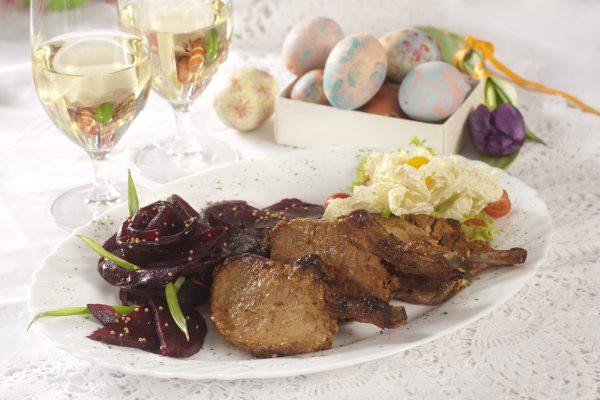 festive ribs with salad